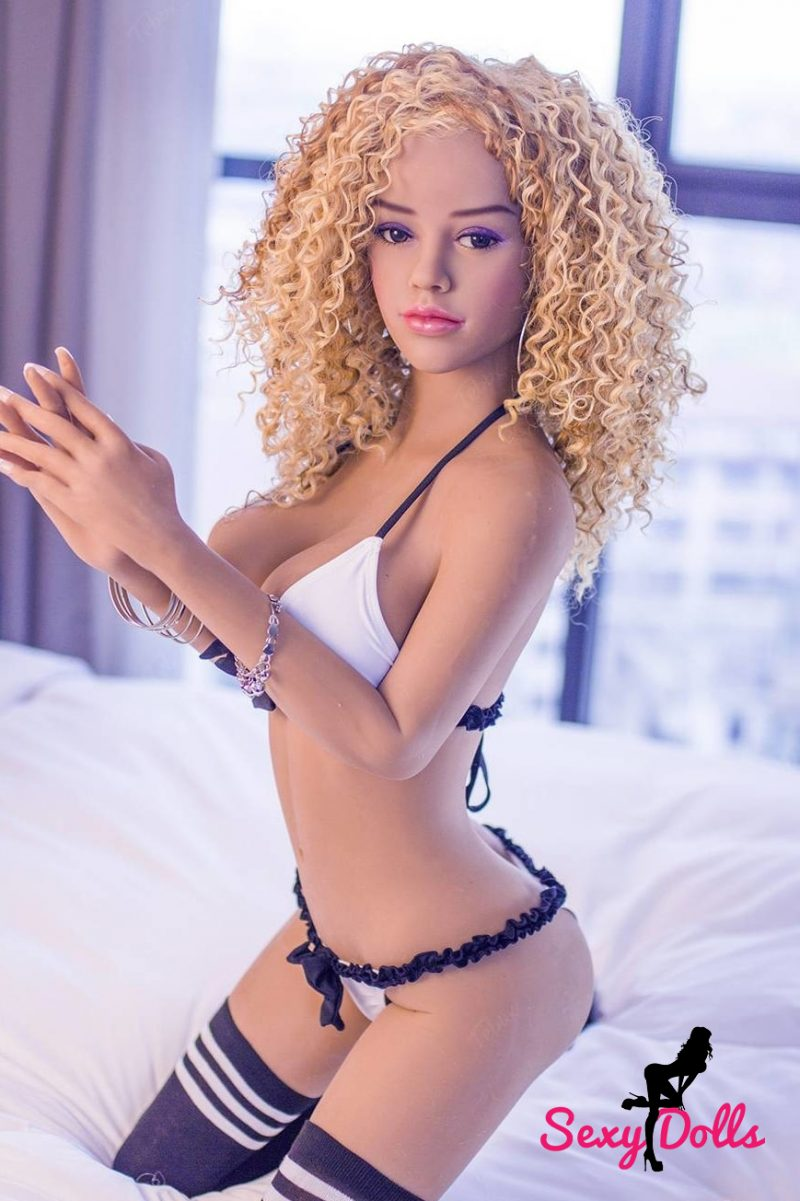 Belle Jeune Sexdoll Stacy